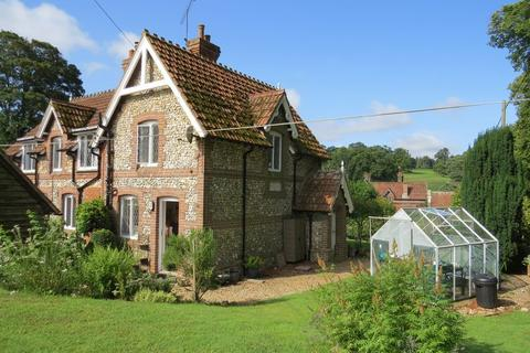 Magnificent Search Cottages To Rent In Hampshire Onthemarket Download Free Architecture Designs Lectubocepmadebymaigaardcom