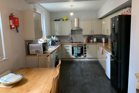 2 bedroom house share to rent - Lincoln Street, Leicester,