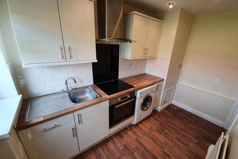 2 bedroom flat to rent - Brigham Avenue, Newcastle upon Tyne