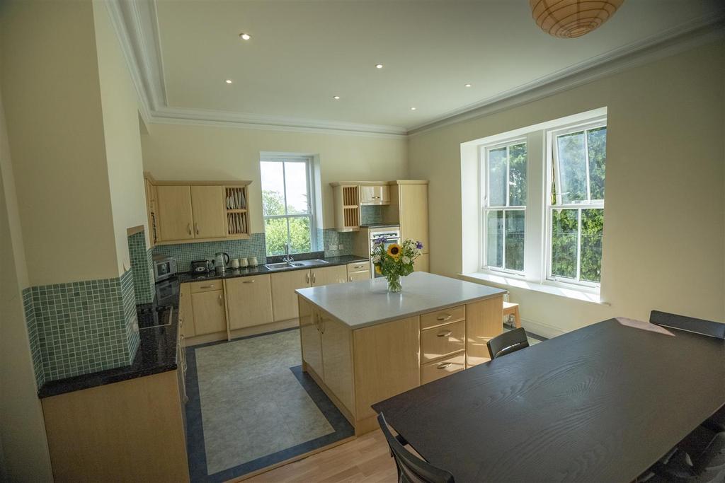 15 Ranmoor Park Kitchen (1).jpg
