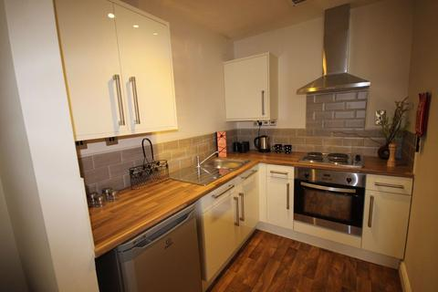2 bedroom flat to rent - Anchor Court, Hull