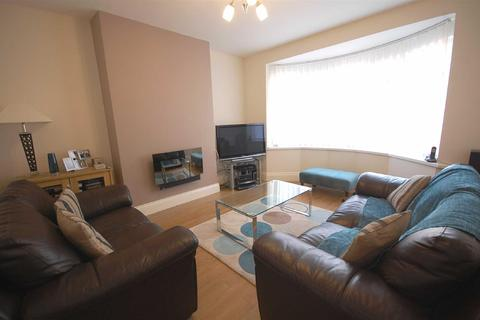 2 bedroom flat to rent - Olive Gardens, Low Fell
