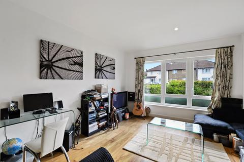 3 bedroom apartment to rent - Johnson Court, Meadowside, Kidbrooke Village, SE9