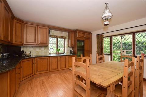 5 bedroom semi-detached house for sale - Langshott, Horley, Surrey