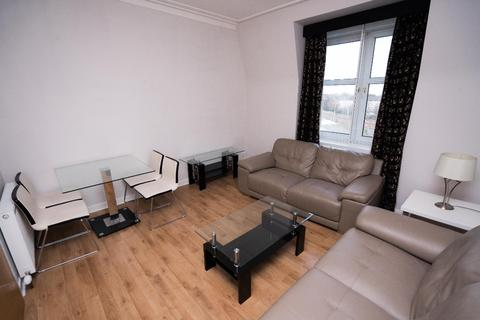 2 bedroom flat to rent - Powis Terrace, Kittybrewster, Aberdeen, AB25