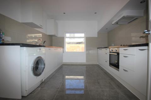 2 bedroom maisonette to rent - Saville Street, Hull, HU1