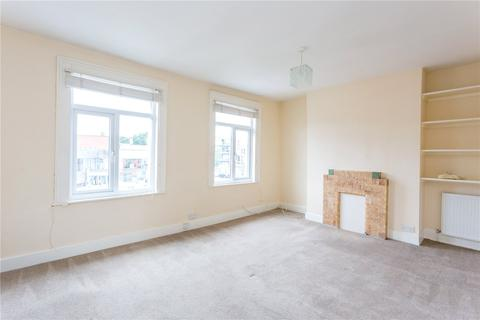 Studio to rent - Park Road, Crouch End, London, N8