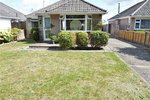 2 bedroom bungalow for sale - Spicer Lane, Bournemouth, Dorset, BH11