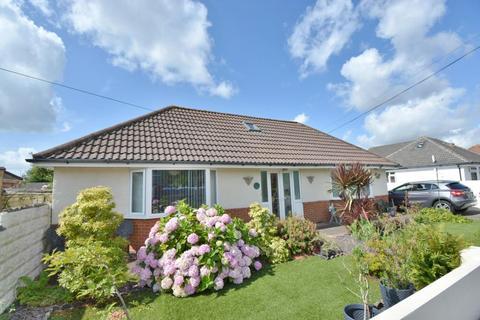 2 bedroom detached bungalow for sale - Fancy Road, Parkstone, Poole, BH12 4QZ