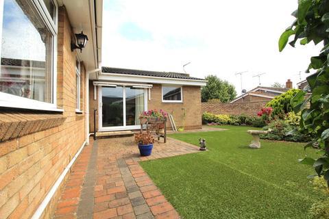 3 bedroom semi-detached bungalow for sale - Littell Tweed, Chelmsford, Essex, CM2
