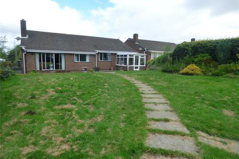 3 bedroom bungalow for sale - Chantry Place, West Rainton, Houghton Le Spring, Tyne & Wear, DH4