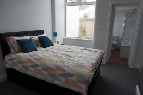1 bedroom house share to rent - En-suite Room 1 @ 188 Ruskin Road, Crewe, CW2