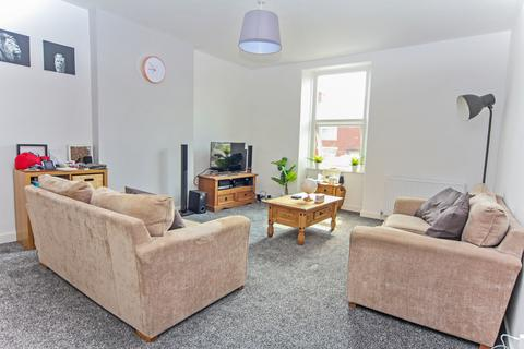 3 bedroom flat for sale - Front Street, Consett, DH8 7SB