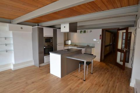 2 bedroom apartment to rent - Crusader House, Thurland Street, Nottingham, NG1 3BT