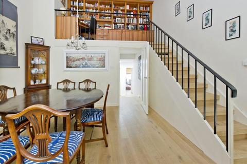 2 bedroom flat to rent - Queens Gardens, Bayswater W2