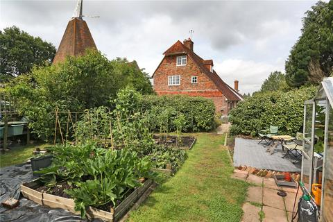 3 bedroom semi-detached house for sale - Hammonds Farm Cottages, Smiths Lane, Goudhurst, Kent, TN17