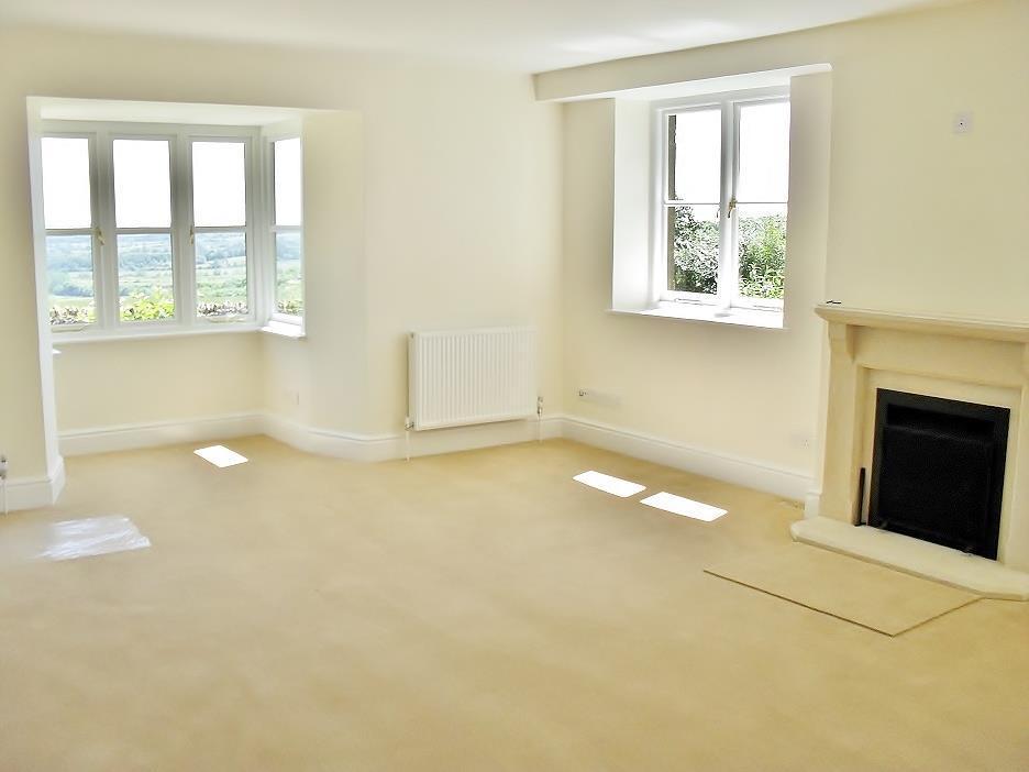 Icomb Proper   Sitting Room.jpg
