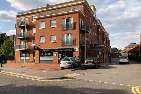 1 bedroom apartment to rent - Riverbank Point, Uxbridge