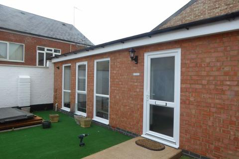 1 bedroom bungalow to rent - Club Street, Kettering, Northants