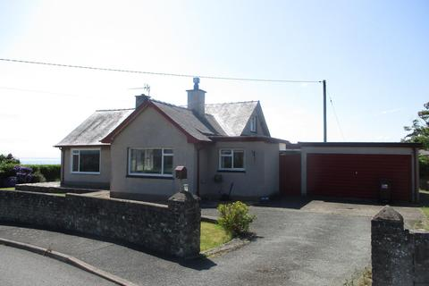 3 bedroom detached bungalow for sale - Muriau Estate, Criccieth