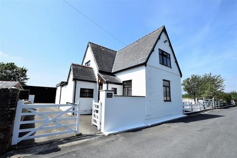 4 bedroom detached house for sale - The Old School, Porthkerry, Rhoose, Nr Barry