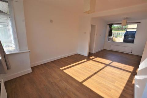 3 bedroom house to rent - South Ordnance Road, Enfield