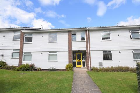 1 bedroom flat to rent - Wroxham Court, Wirral