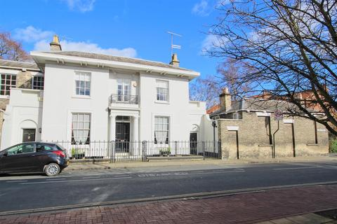 5 bedroom townhouse for sale - Cross Street, Beverley
