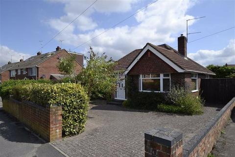 3 bedroom detached bungalow for sale - Paddock Road, Newbury, Berkshire, RG14