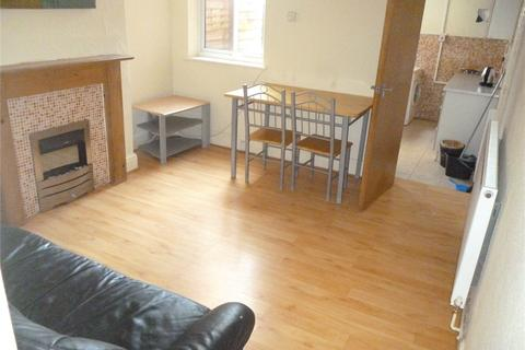 2 bedroom terraced house to rent - Milner Road, Selly Park, Birmingham, B29
