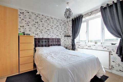 3 bedroom semi-detached house for sale - Haxby Street, Normantion Springs