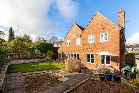 4 bedroom detached house to rent - Salisbury Road, Hungerford RG17