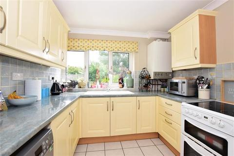 2 bedroom detached bungalow for sale - Norman Road, Whitstable, Kent