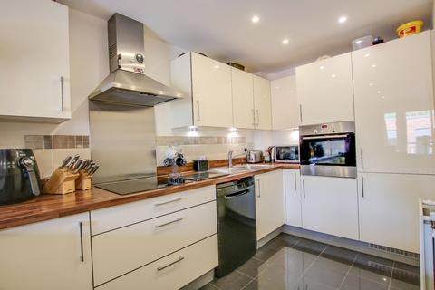 1 bedroom apartment for sale - John Thornycroft Road, Woolston