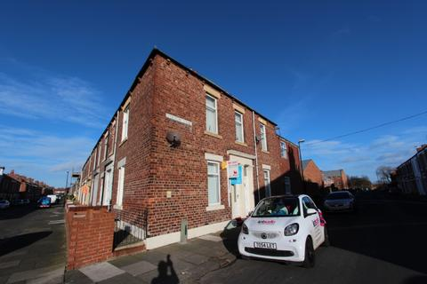 2 bedroom flat to rent - Stormont Street, North Shields.  NE29 0EY.  *NO DAMAGE DEPOSIT WITH THIS PROPERTY *