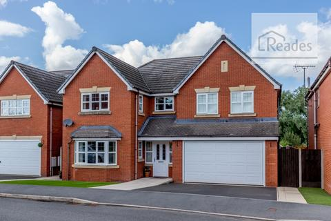 5 bedroom detached house for sale - Tryfan Court, Buckley CH7 3