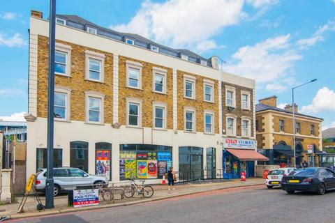 2 bedroom apartment for sale - Q House, Kew Bridge Road, TW8