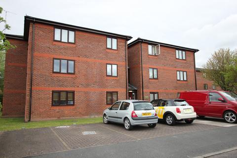 2 bedroom apartment to rent - Haydock Close, Chester, CH1