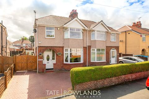 3 bedroom semi-detached house for sale - First Avenue, Flint, Flintshire, CH6