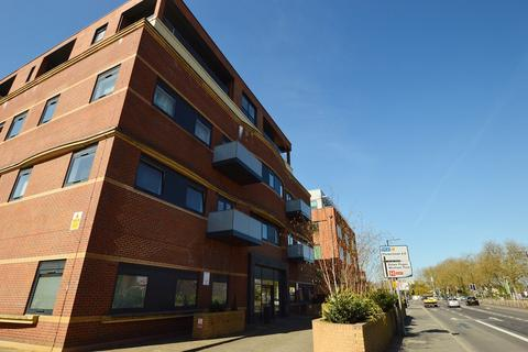 1 bedroom apartment to rent - Brickfield Court, 5 Bath Road