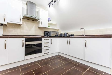 2 bedroom apartment for sale - Southbourne Road, Southbourne