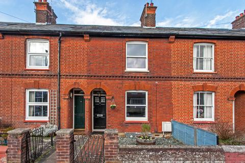 2 bedroom terraced house to rent - St. Catherines Road, Winchester, SO23