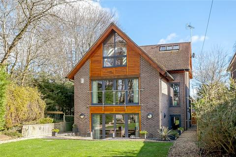 4 bedroom detached house to rent - Oxford Road, Donnington, Newbury, Berkshire, RG14