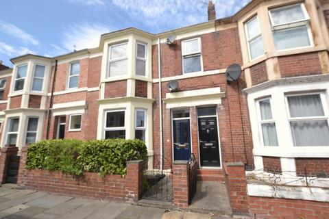 2 bedroom apartment to rent - Helmsley Road, Newcastle Upon Tyne