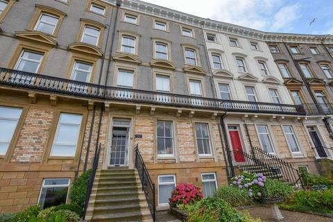 5 bedroom apartment for sale - Royal Crescent, Whitby