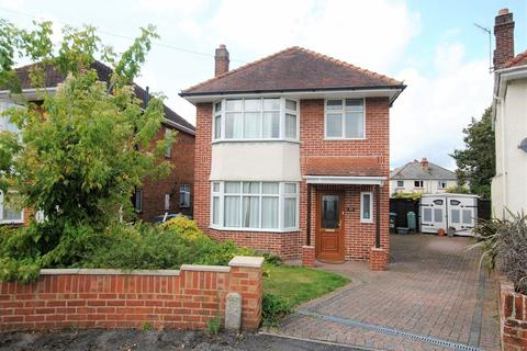3 bedroom detached house for sale - St. Annes Gardens, Woolston