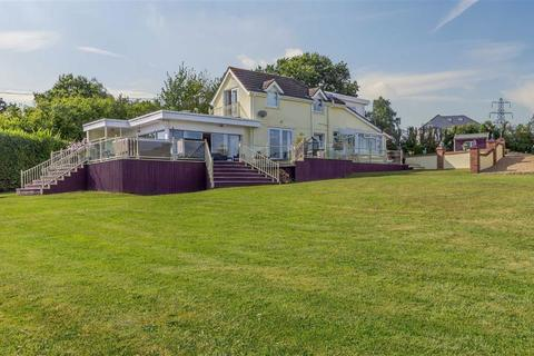 4 bedroom detached house for sale - Candwr Road, Ponthir, Newport