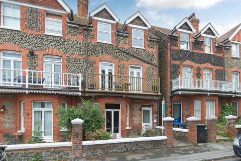 2 bedroom flat for sale - Cedric Road, Westgate-On-Sea