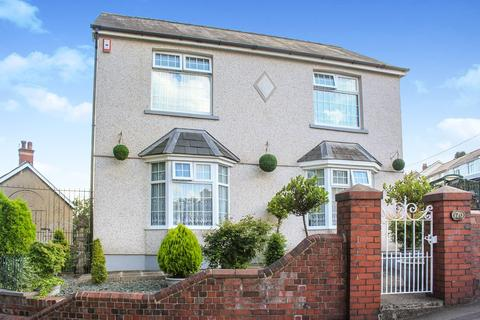 3 bedroom detached house for sale - Sunnybank Road, Griffithstown, Pontypool, NP4