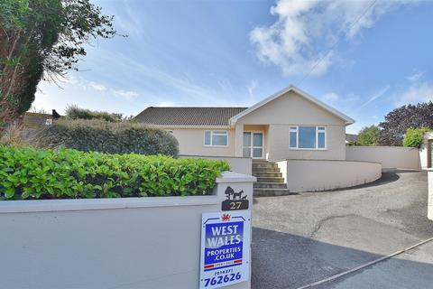 3 bedroom detached bungalow for sale - Douglas James Way, Haverfordwest